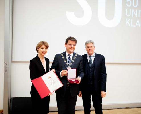 Landeshauptmannstellvertreterin Gaby Schaunig, Rektor Oliver Vitouch und Landeshauptmann Peter Kaiser