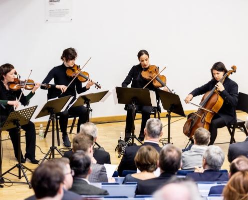 Musikalische Umrahmung des Festprogramms mit dem Koehne Quartett und Ehrendoktor Wolfgang Puschnig | Foto: aau/Daniel Waschnig