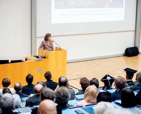 Festvortrag von Barbara Stollberg-Rilinger | Foto: aau/Daniel Waschnig
