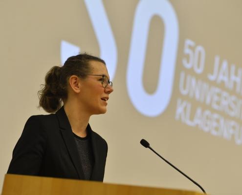 Ministerin Iris Rauskala spricht Grußworte | Foto: Helge Bauer