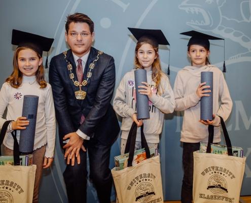 UNI für Kinder 2020 | Kinder mit Oliver Vitouch