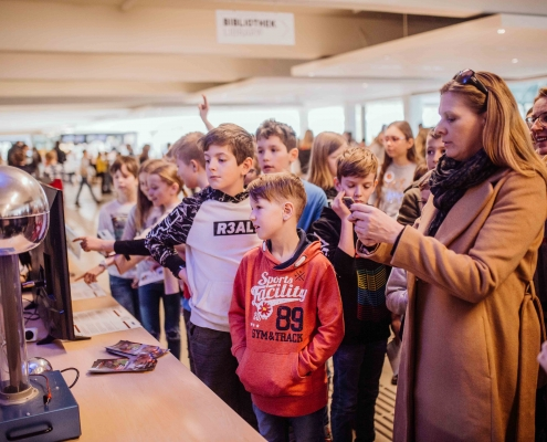 UNI für Kinder 2020 | Kinder besuchen die Universität