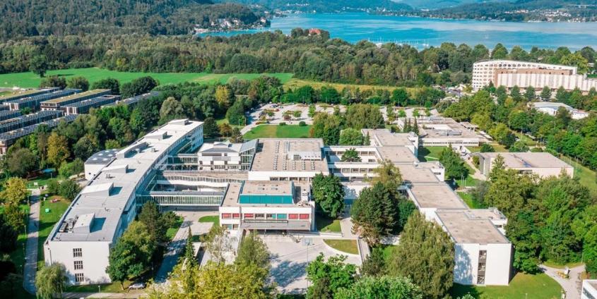 Luftbildaufnahme der Universität Klagenfurt