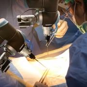 Operierender Roboter