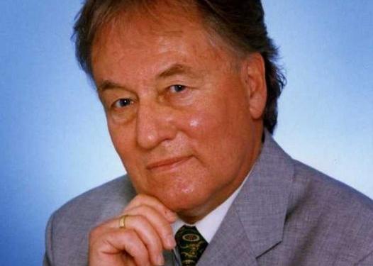 em. Univ.-Prof. Dr. Rudolf Neuhäuser, MA