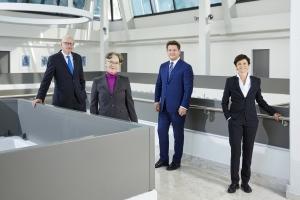 Rektorat: Reinhard Stauber (Personal & Infrastruktur), Martina Merz (Forschung), Oliver Vitouch (Rektor), Doris Hattenberger (Lehre)