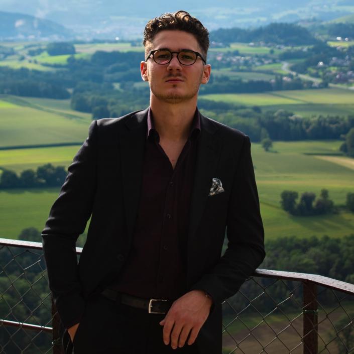 Emilio Ölsinger_IBEC Student