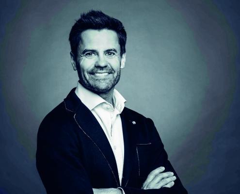 Portraitfoto von Markus Setschnagg