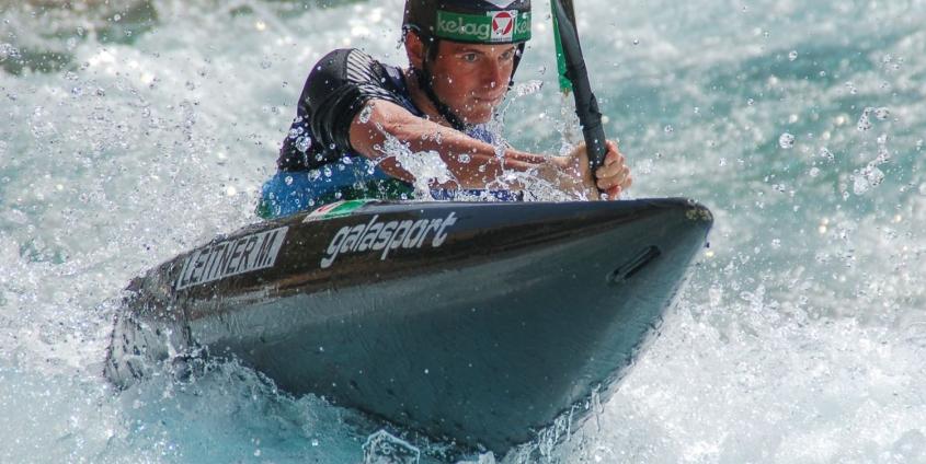 Kanuter Mario Leitner nutzt die Vorteile des Projekts Spitzensport und Studium
