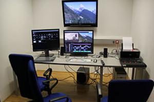 Arbeitsplatz im Medienlabor