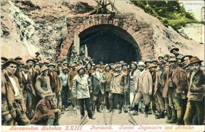 Karawankenbahnbau-Nordseite-Tunnel-Ingenieure-und-Arbeiter