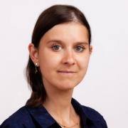 Dr. Cornelia Mayr