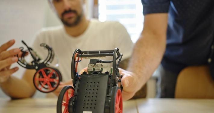 Technik-Studierende erforschen Balboa Roboter